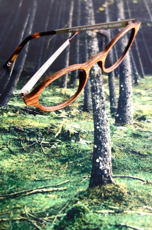 lunettes bois rezin chez Vue des Remparts Bordeaux